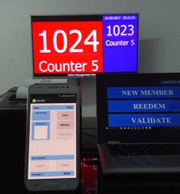 vendor mesin antrian touchscreen